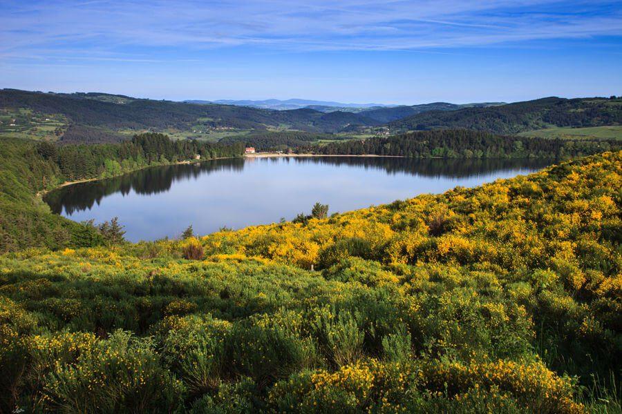 camping ardèche Lac d'Issarlès